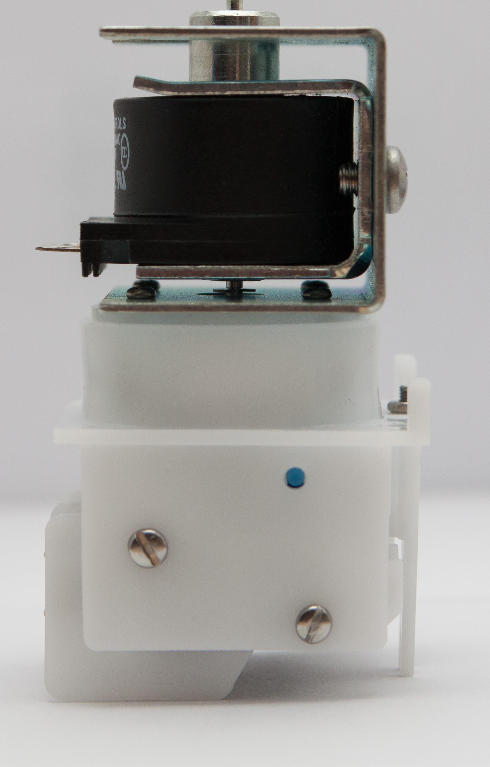 Magictrol sequencing air switch with solenoid